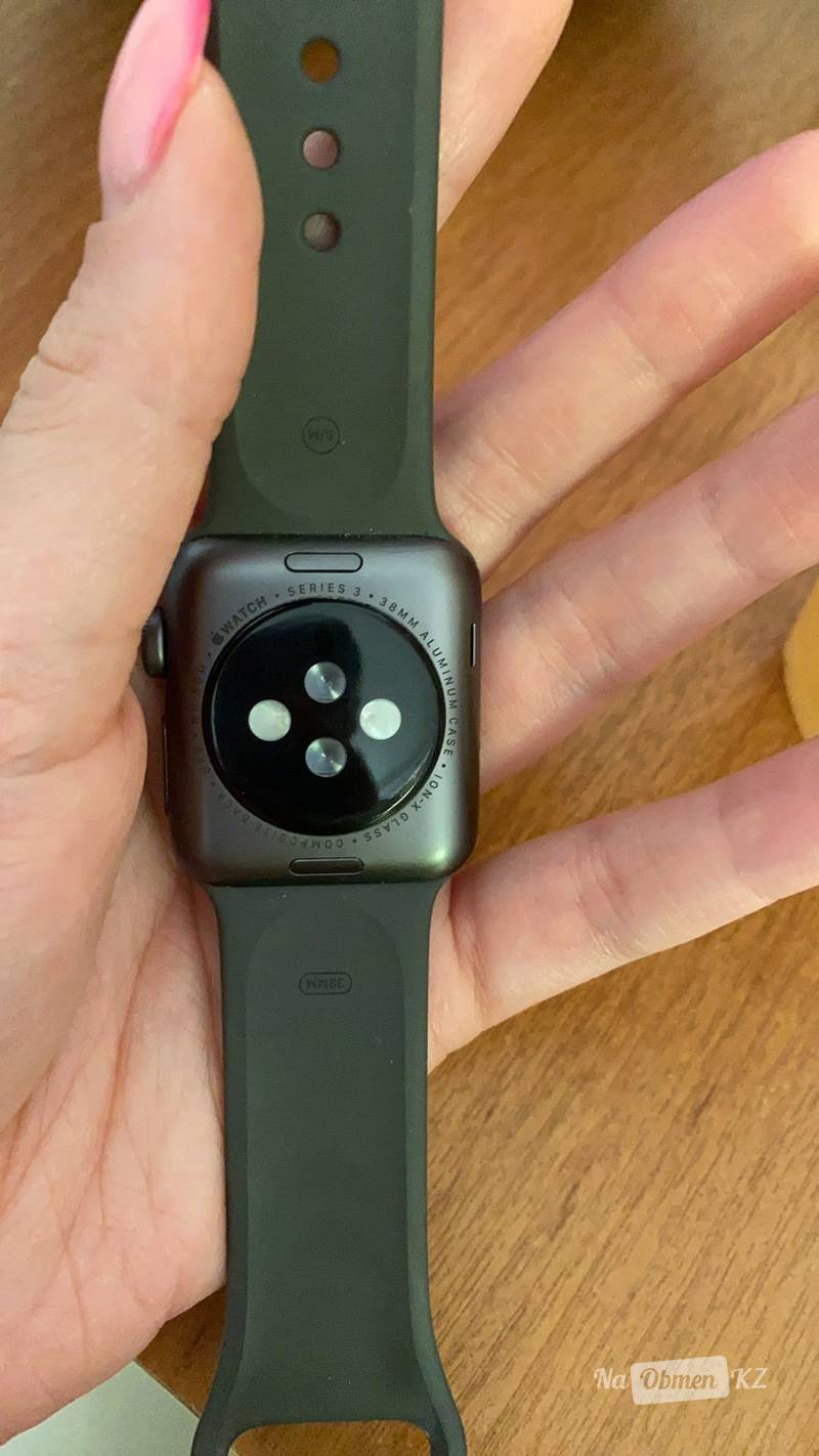 Продам Apple Watch 3 38 mm